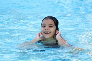 Private swimming lessons in Singapore
