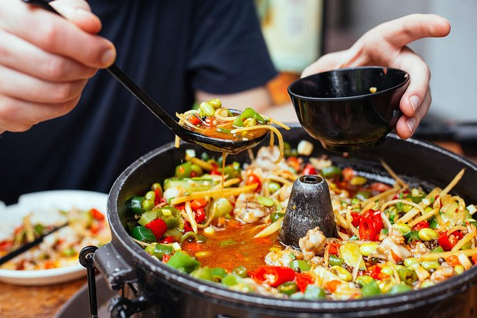 Walking food tours in Singapore